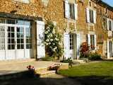 Country Chambres d'Hôtes Bed and Breakfast with pool near Bergerac in the Dordogne